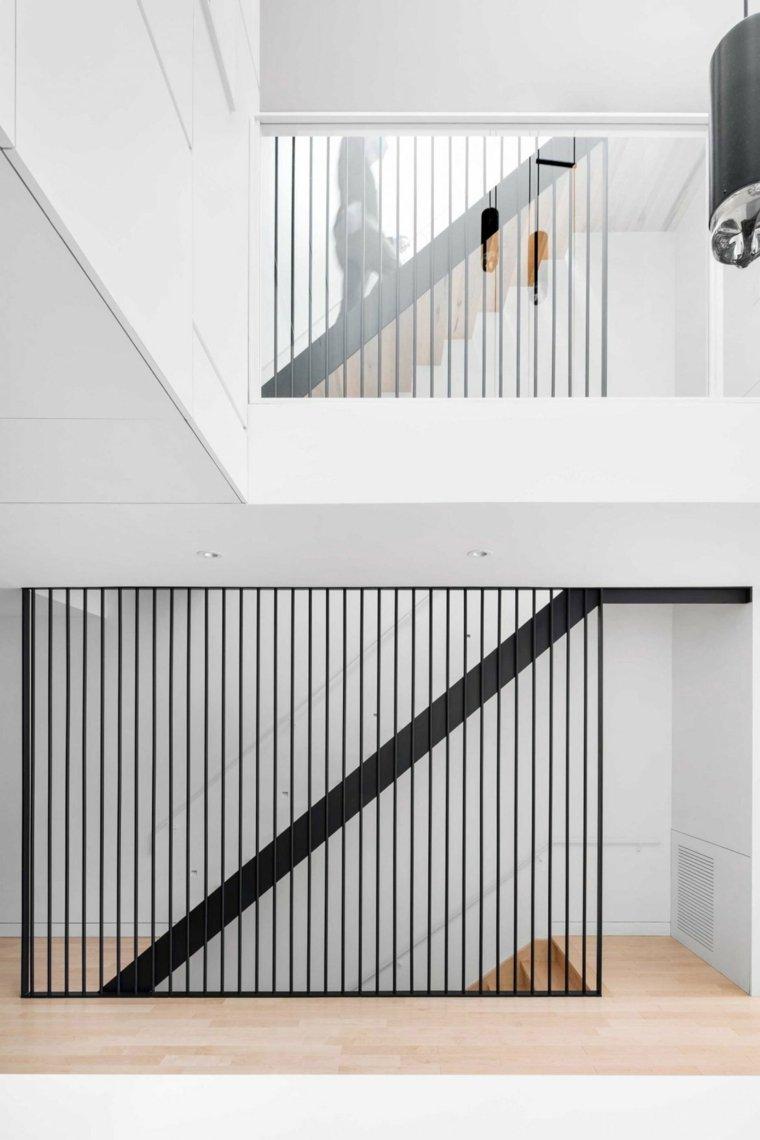escaleras de hierro forjado