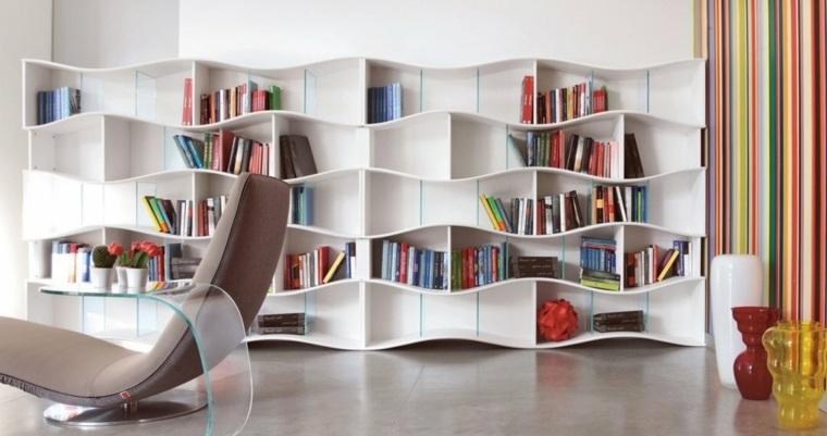 estantes para libros ondulantes