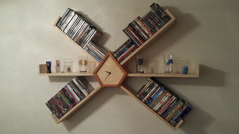 estantes para libros reloj