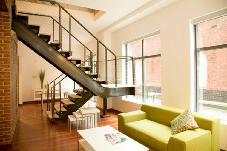 escaleras de estilo industrial