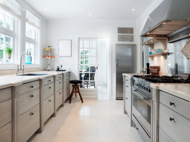 consejos de diseño para cocinas largas