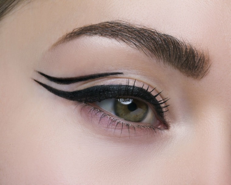 eyeliner en gel-maquillaje-moderno