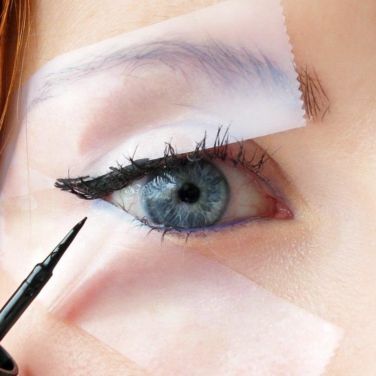 eyeliner liquido-aplicado-casa