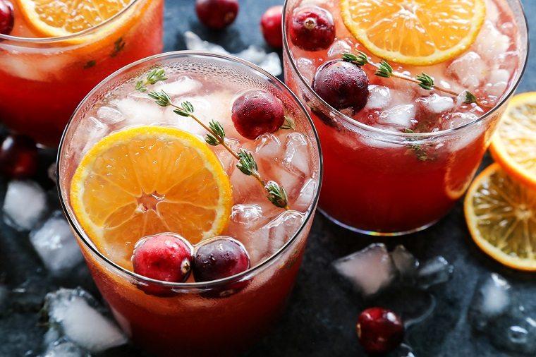 gin tonic-arandanos-tomillo-coctel