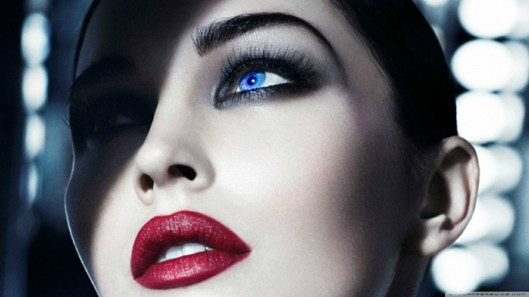 maquillaje de ojos-ahumados-elegante