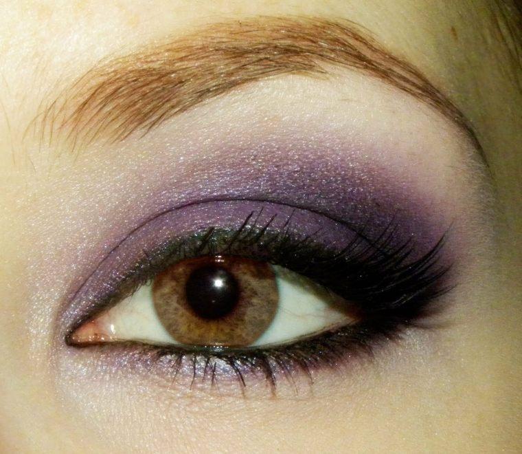 maquillaje de ojos-ahumados-morado