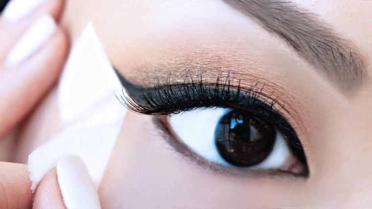 maquillaje ojos eyeliner-aplicar-casa