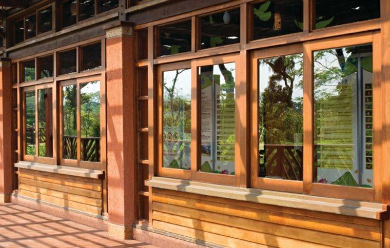 Marcos de ventanas de madera
