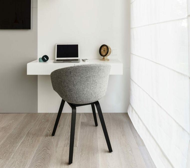 pequeña oficina en casa