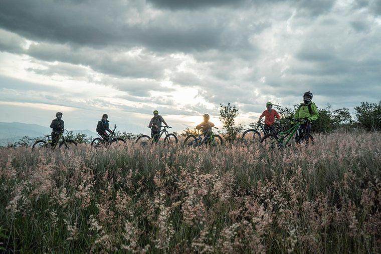 caminos y senderos para bicicletas de montaña