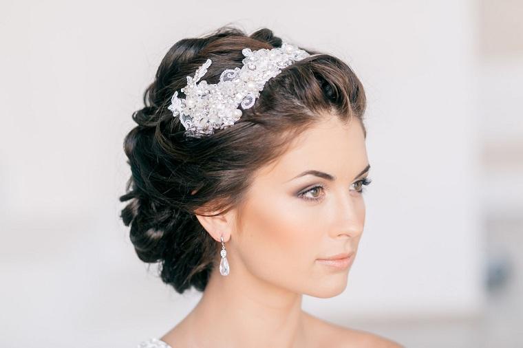 peinados-boda-novia-moderna-decorar-peinado-ideas