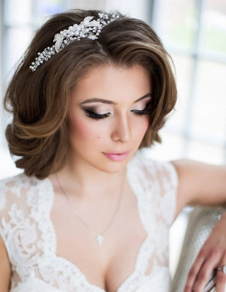 Peinados de novia en cabello corto