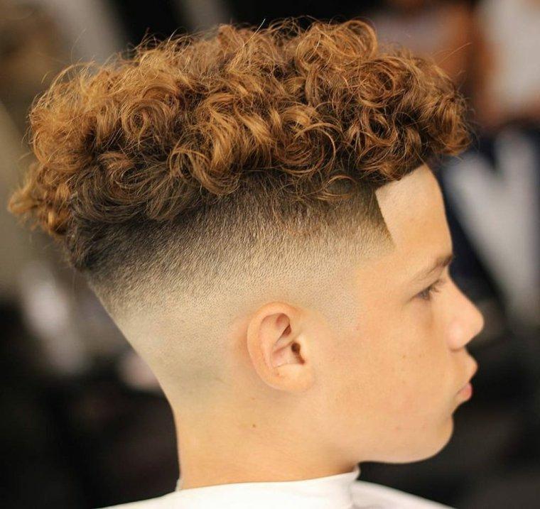 peinados modernos pelo-rizado