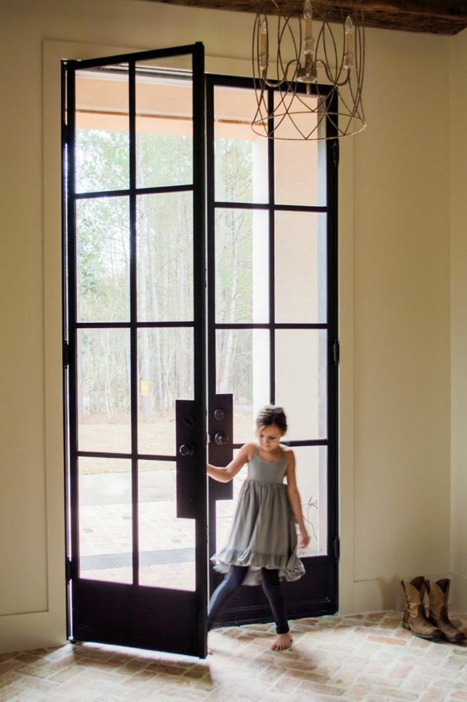 Puerta de hierro moderna dise os modernos con hierro for Puertas de fierro interiores