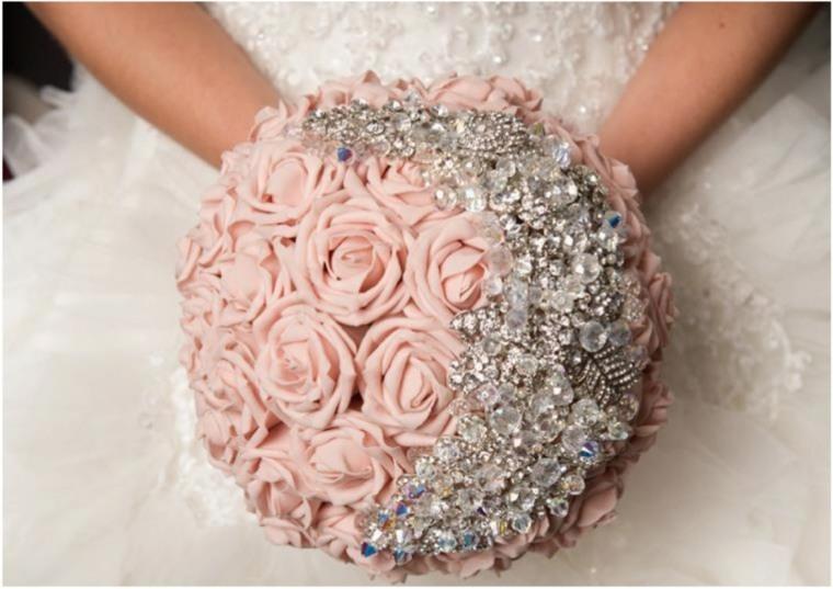 ramos de novia para boda civil-modernos