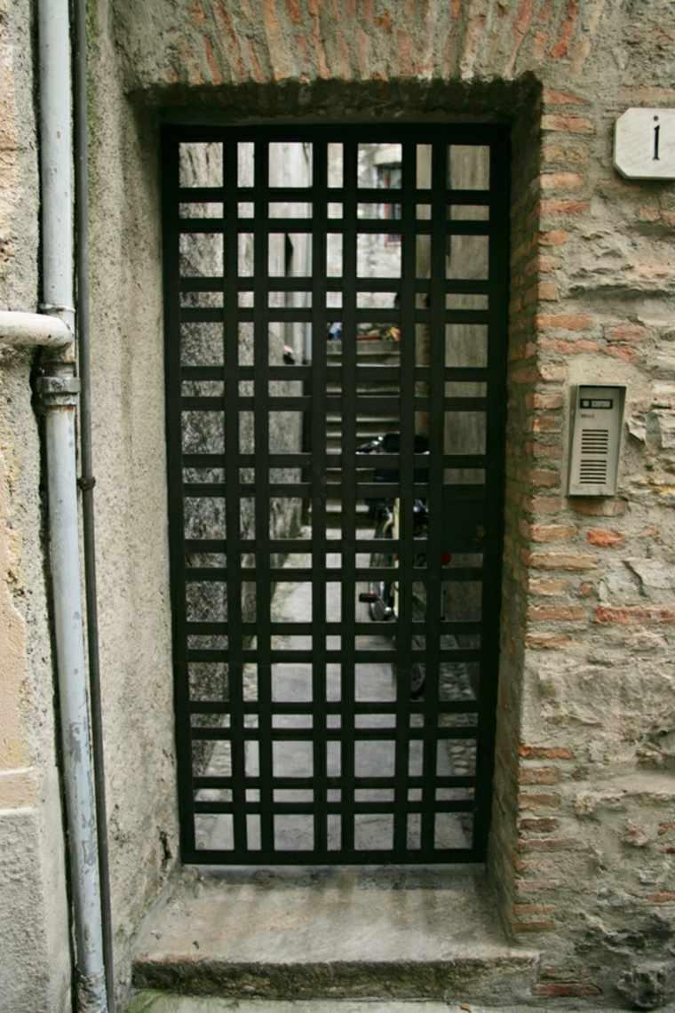 Puerta De Hierro Moderna Disenos Modernos Con Hierro Forjado