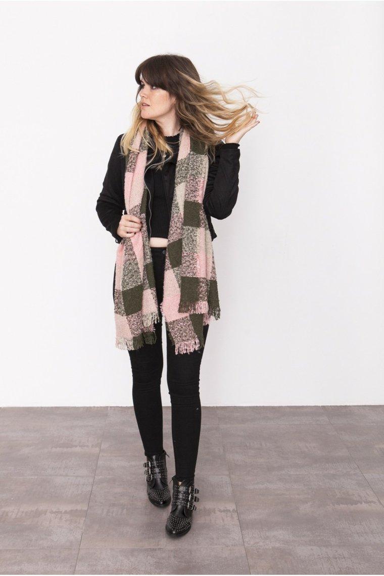 ropa de dama-bufanda-cuadros