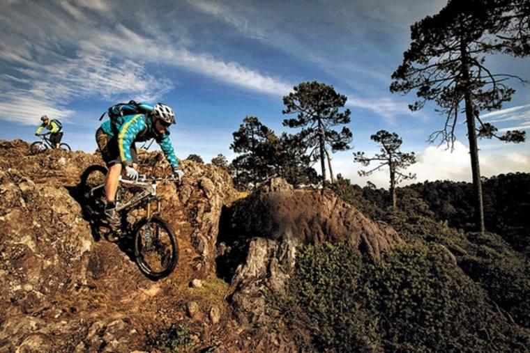 rutas y caminos para bicicletas de montaña