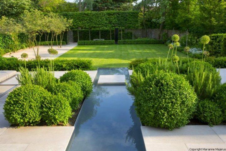 sendero-agua-corriente-patios