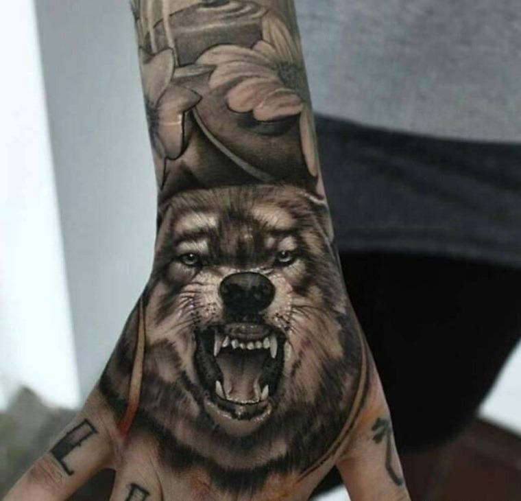 tatuajes de lobos realistas-brazos