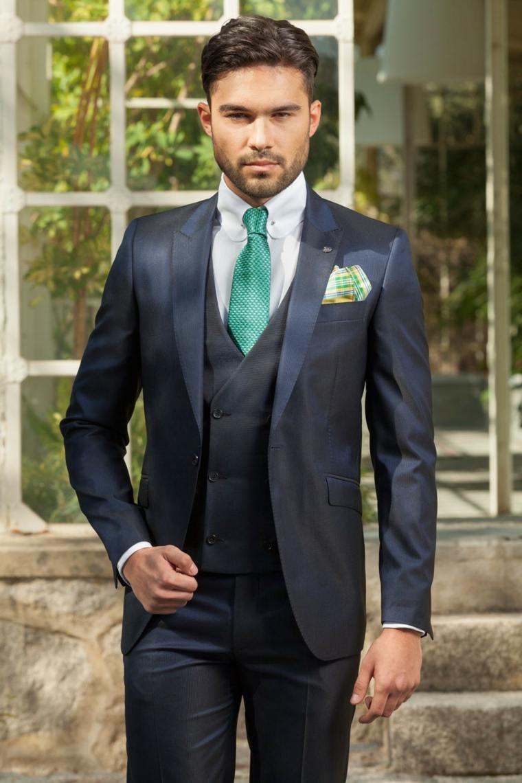 trajes-de-novio-estilo-moderno-corbata