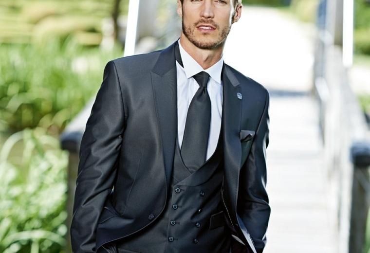 trajes-de-novio-opciones-brillantes-chaleco