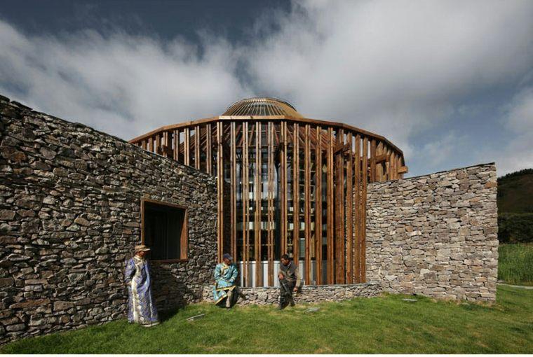 yurta fachada