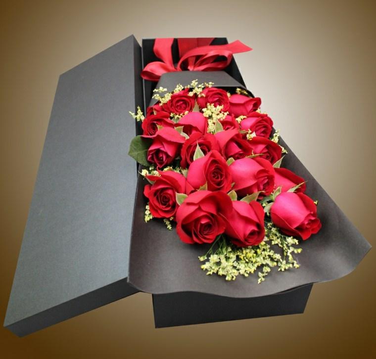 arreglos florales-modernos-decoracion-bodas