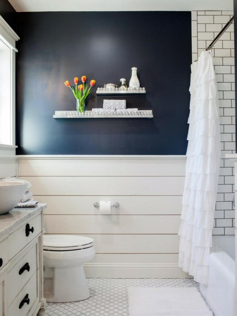 baño-azul-y-blanco