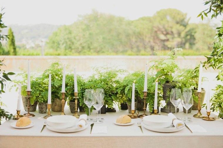 boda-mesa-centro-decorada-plantas-verdes