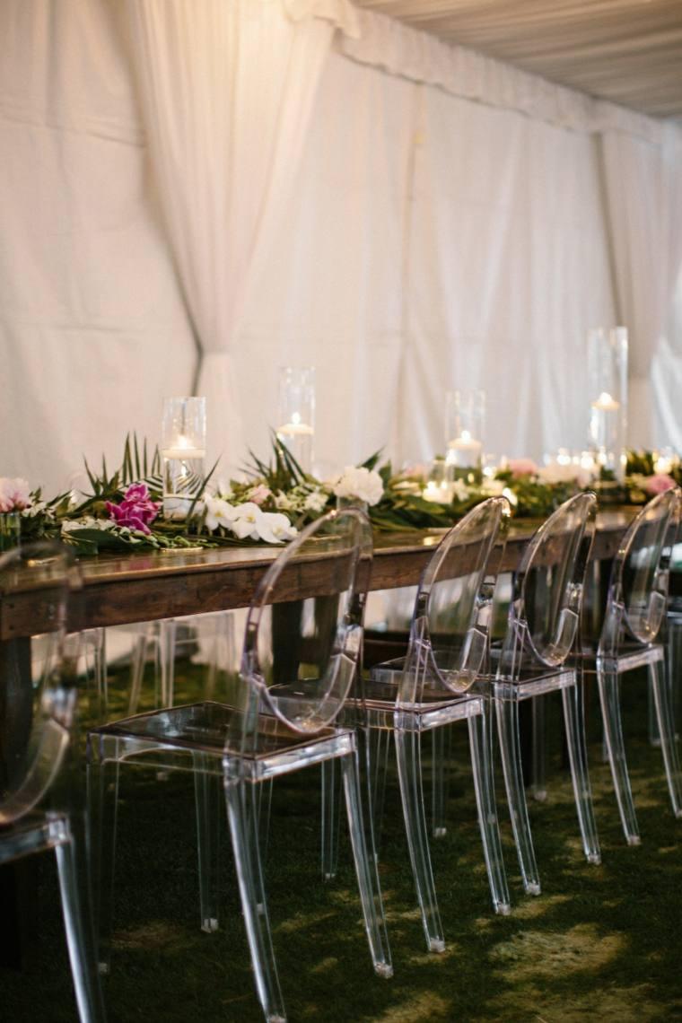 boda-purpura-dorado-sillas-transparentes