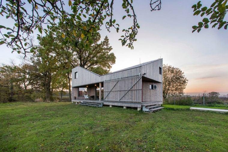 casas-de-madera-pequenas-modernas-diseno