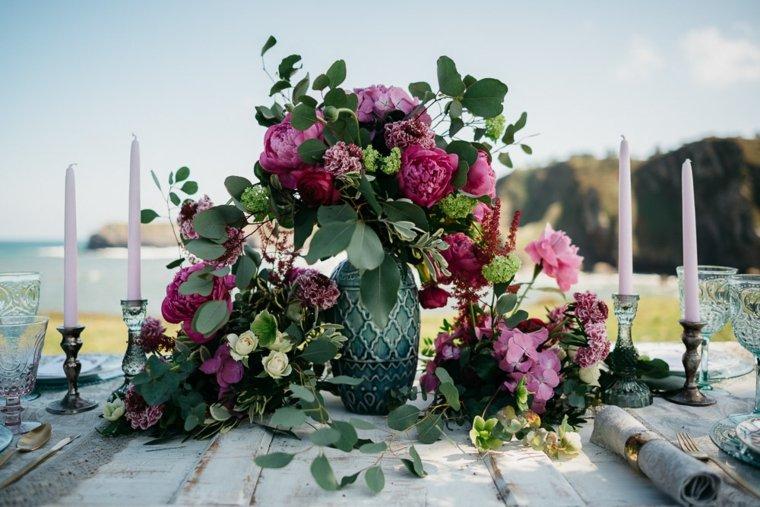 centro-mesa-glores-llamativo-color-belleza