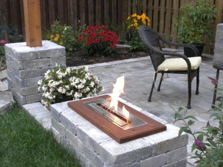 chimeneas artificiales-decorar-jardines