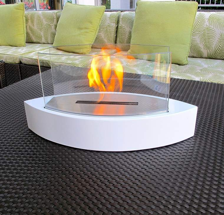 chimeneas minimalistas-bioetanol-exterior