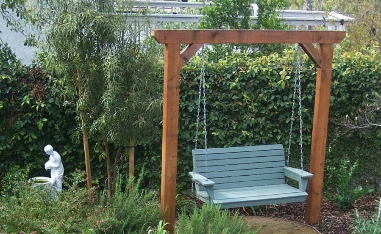 columpios para jardín blanco