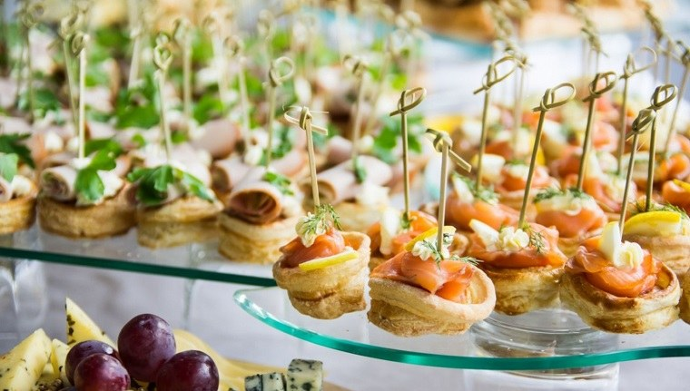 como-organizar-una-boda-tendencias-2018-ideas-comida