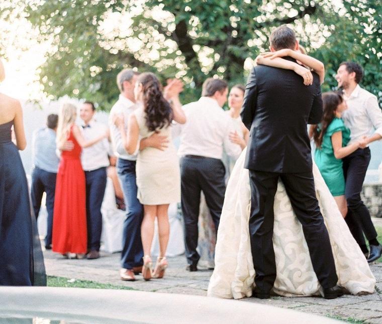 como-organizar-una-boda-tendencias-2018-ideas-invitados