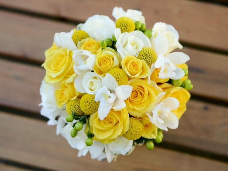 decoracion con flores-amarillas-bodas