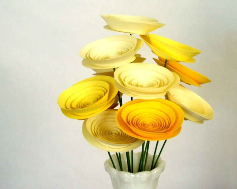 decoracion con flores-artificiales-papel-mesa