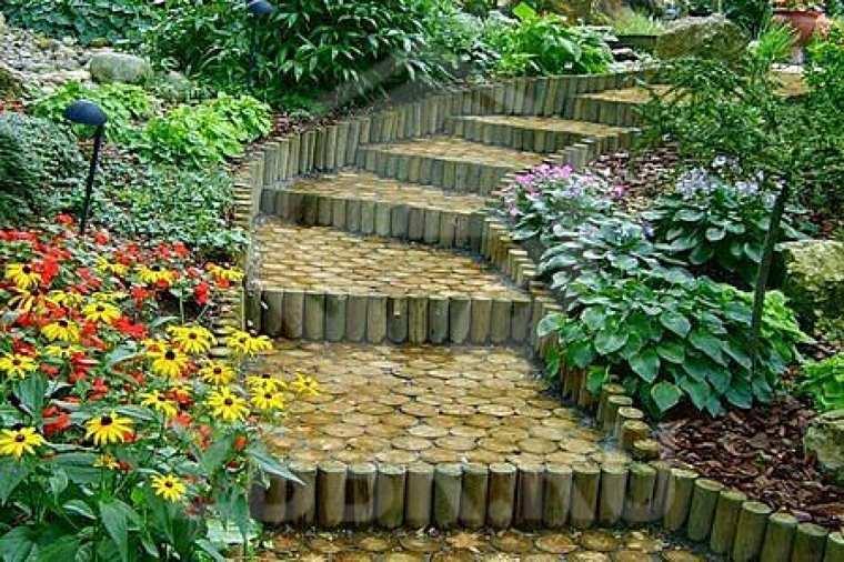 decoracion de jardines-exteriores-escaleras-madera