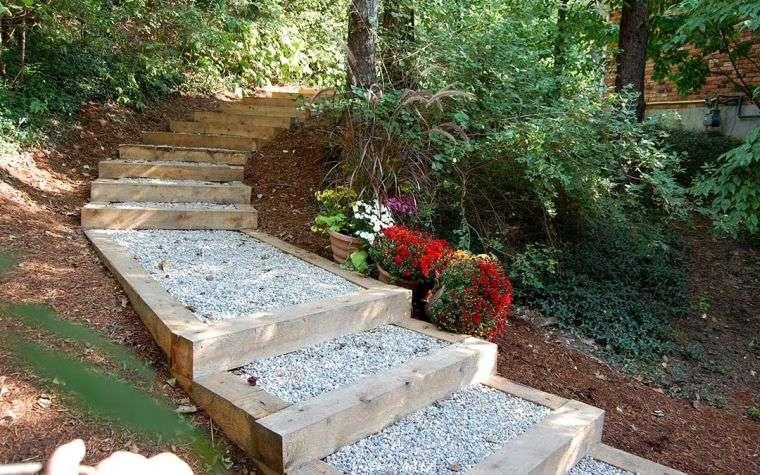 decoracion-jardines-ideas-escaleras-opciones-grava-madera