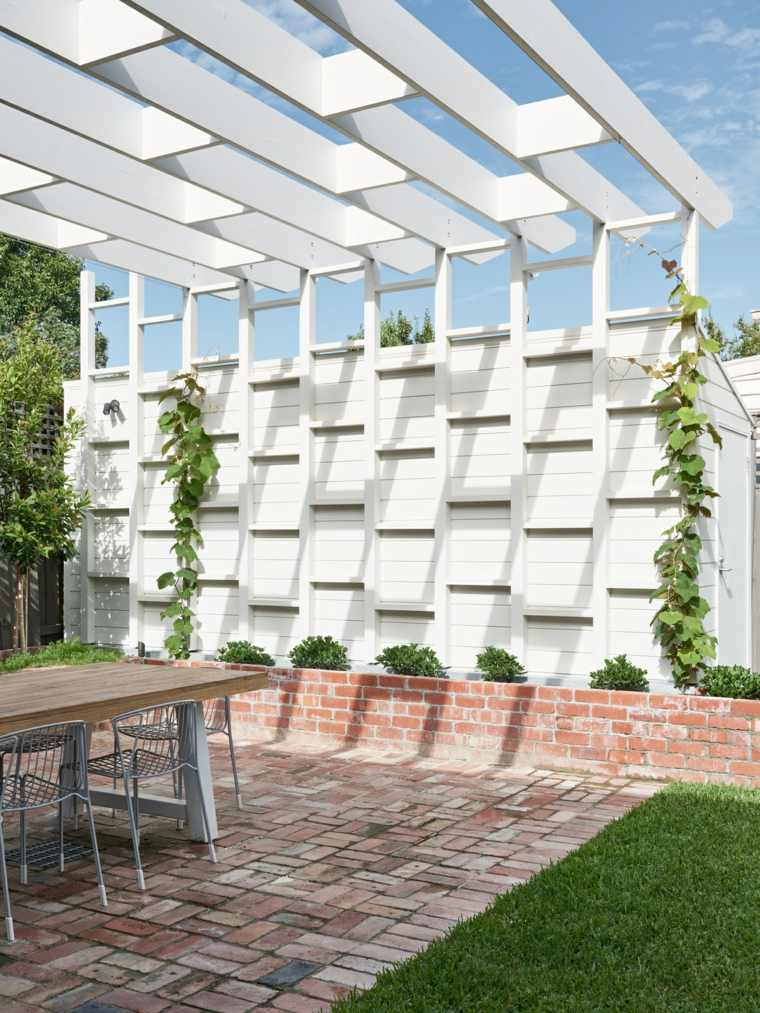 diseno-exterior-pergola-blanca-Pleysier-Perkins-Architects