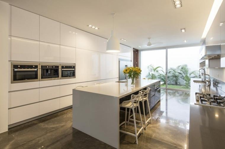 diseños de casas de un piso-augusto-quijano-arquitectos-cocina