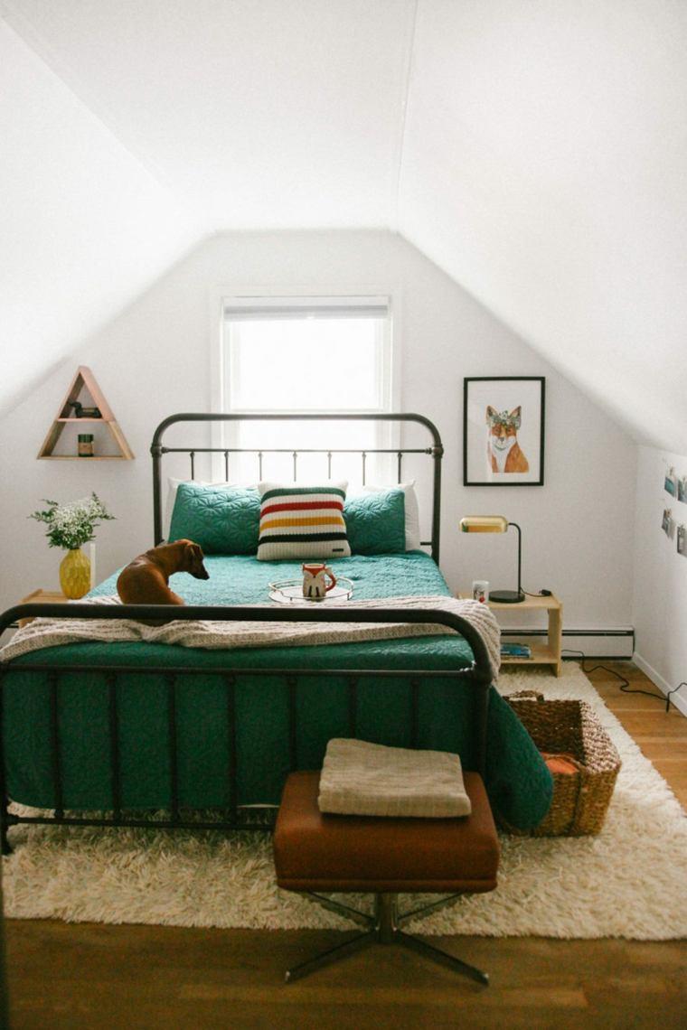 dormitorio-en-el-atico