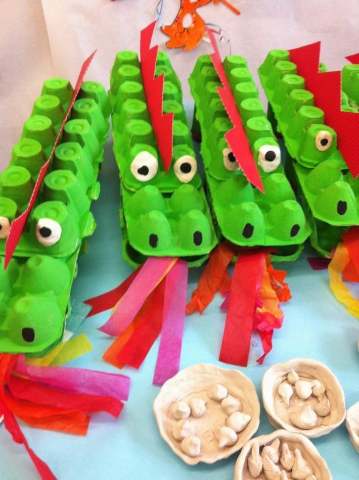 dragones-figuras-verdes-cartones