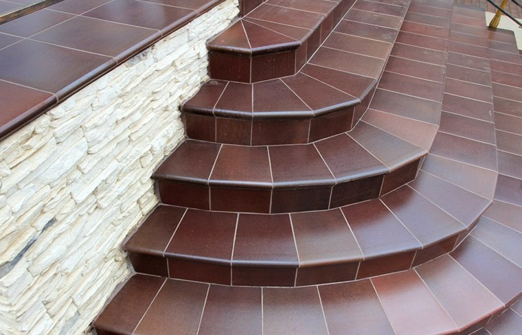 escaleras para casas-jardines-modernos