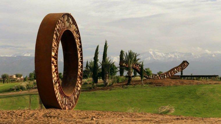obra de arte de acero Corten