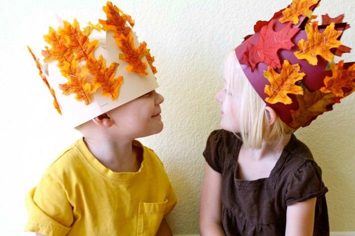 gorros-hojas-coronas-papel