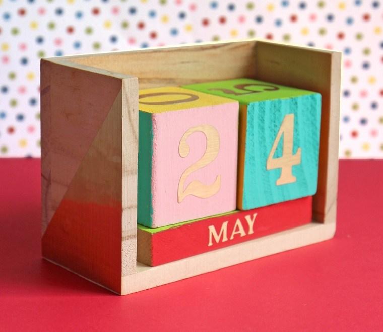 ideas-de-regalos-adolescentes-calendario-diy